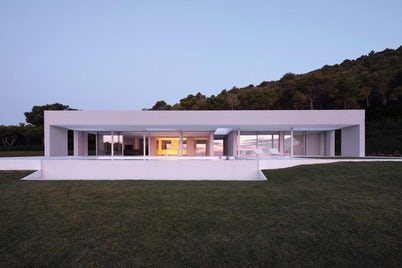 Costa Brava House by Mathieson Architects