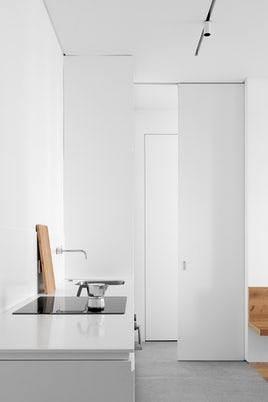 Dinamo Apartment by 905 Architects