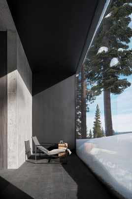 Lookout House by Faulkner Architects